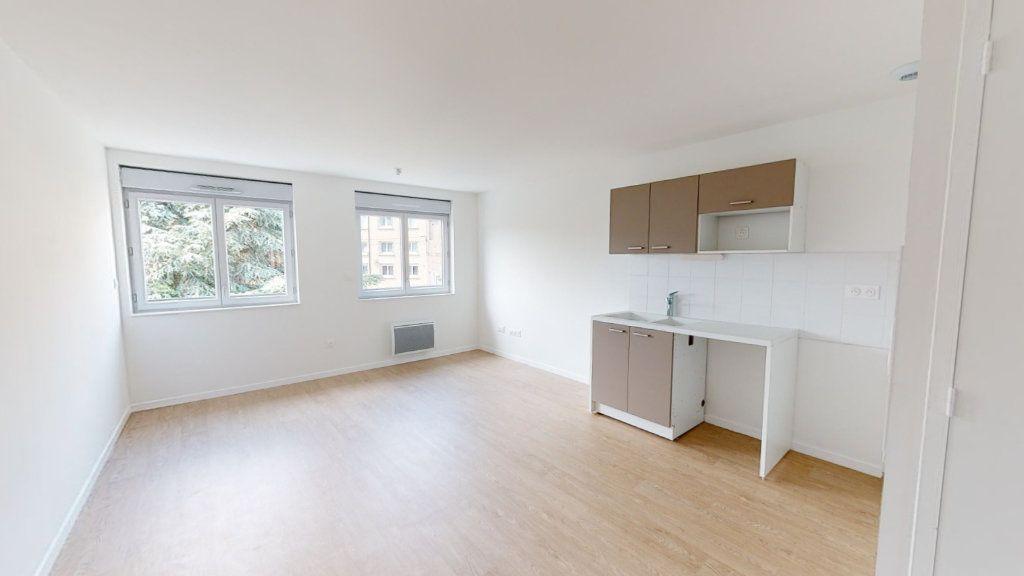 Appartement à louer 2 44.89m2 à Saint-Étienne vignette-2