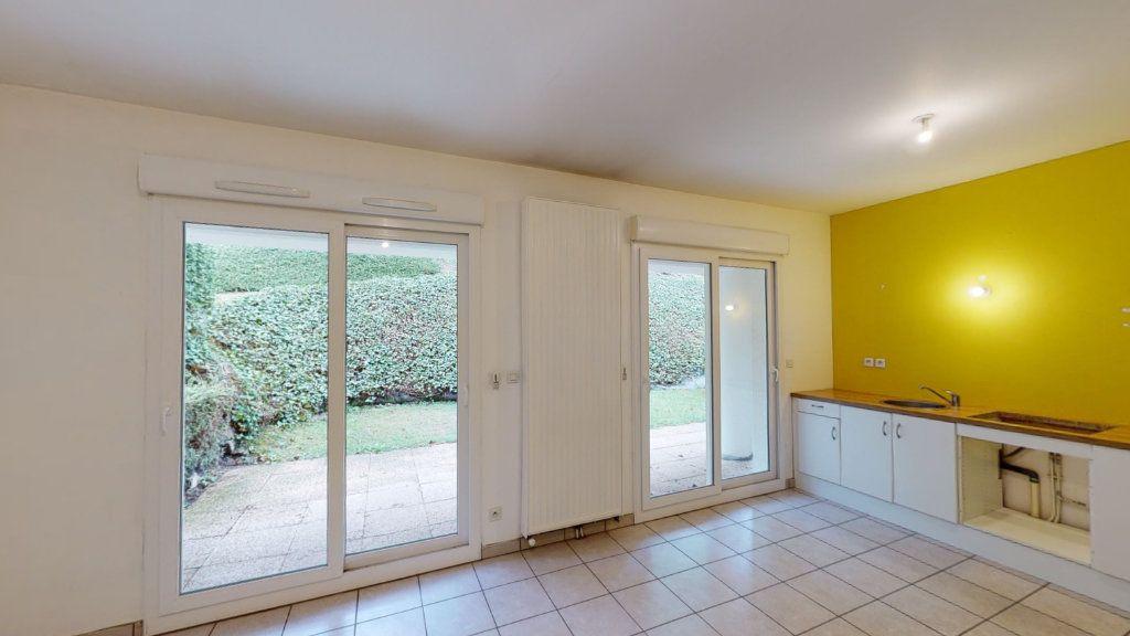 Appartement à louer 2 53.19m2 à Saint-Étienne vignette-3