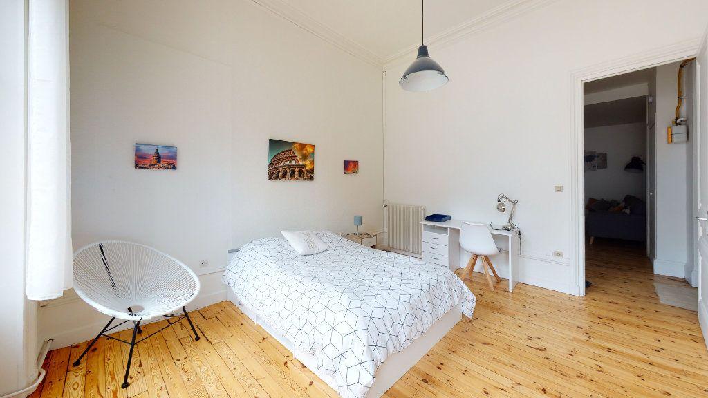 Appartement à louer 5 106.06m2 à Saint-Étienne vignette-4