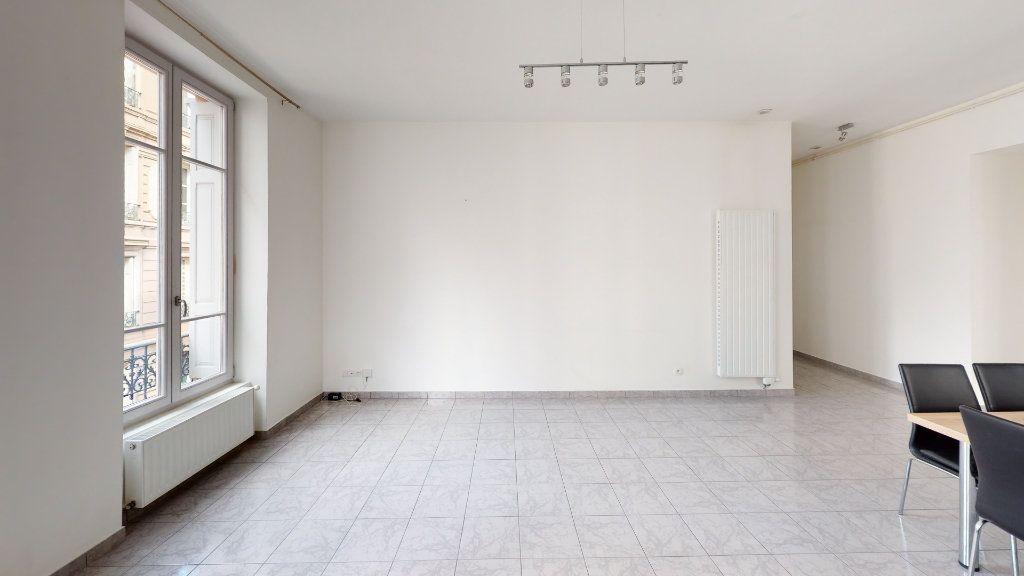 Appartement à louer 3 67.93m2 à Saint-Étienne vignette-4