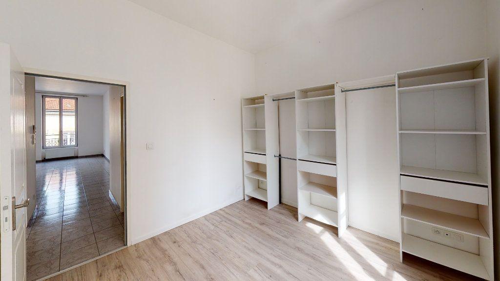 Appartement à louer 3 67.93m2 à Saint-Étienne vignette-5