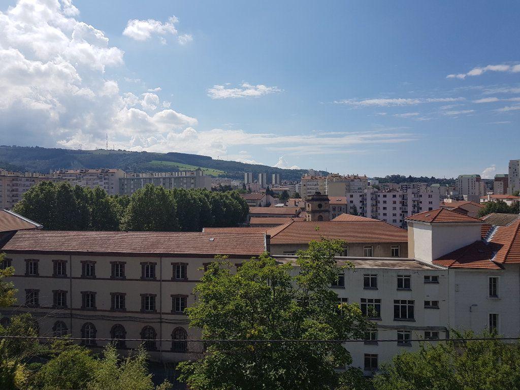 Appartement à louer 2 44.12m2 à Saint-Étienne vignette-1