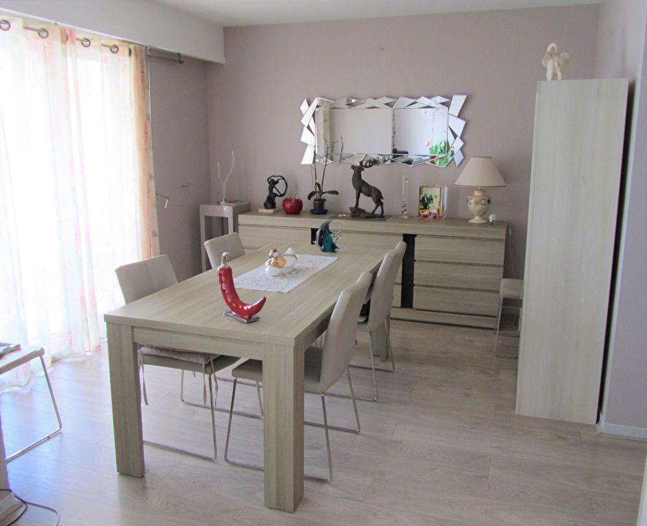 Appartement à vendre 4 83.05m2 à Saint-Laurent-du-Var vignette-2