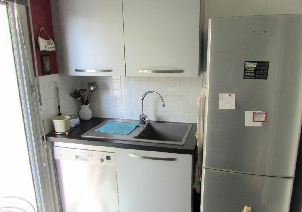 Appartement à vendre 4 83.05m2 à Saint-Laurent-du-Var vignette-11