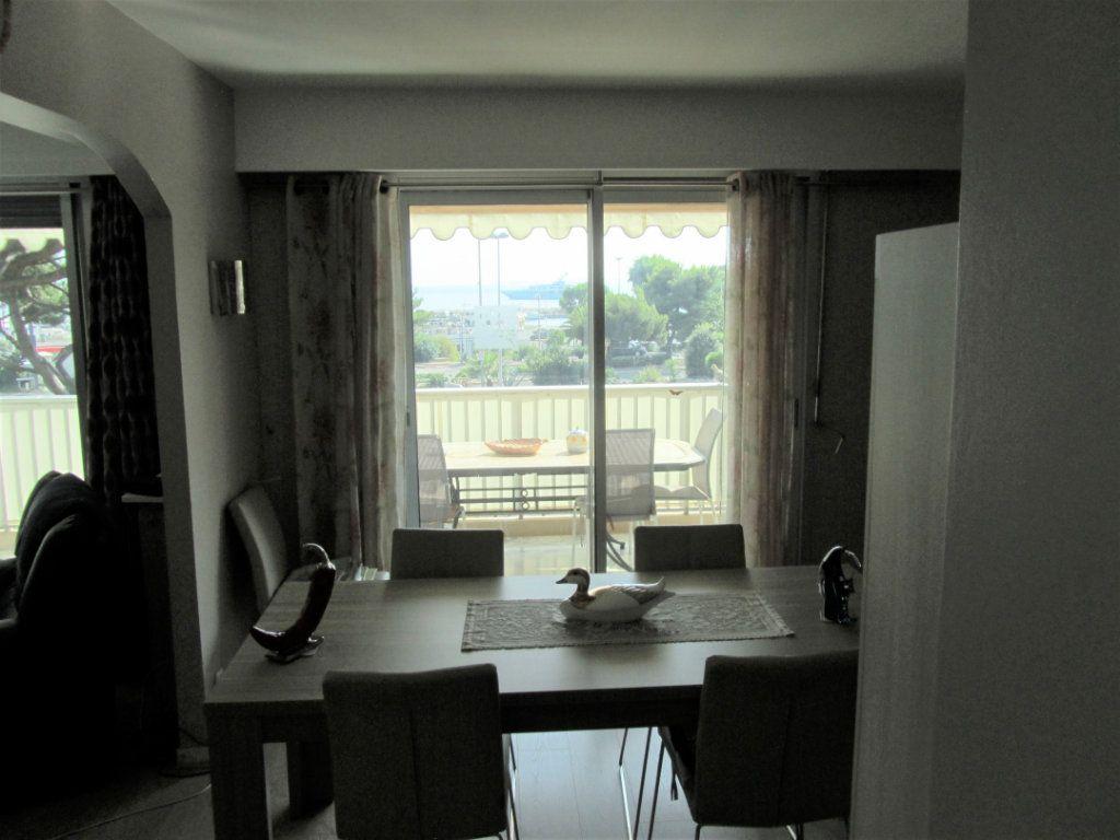 Appartement à vendre 4 83.05m2 à Saint-Laurent-du-Var vignette-14