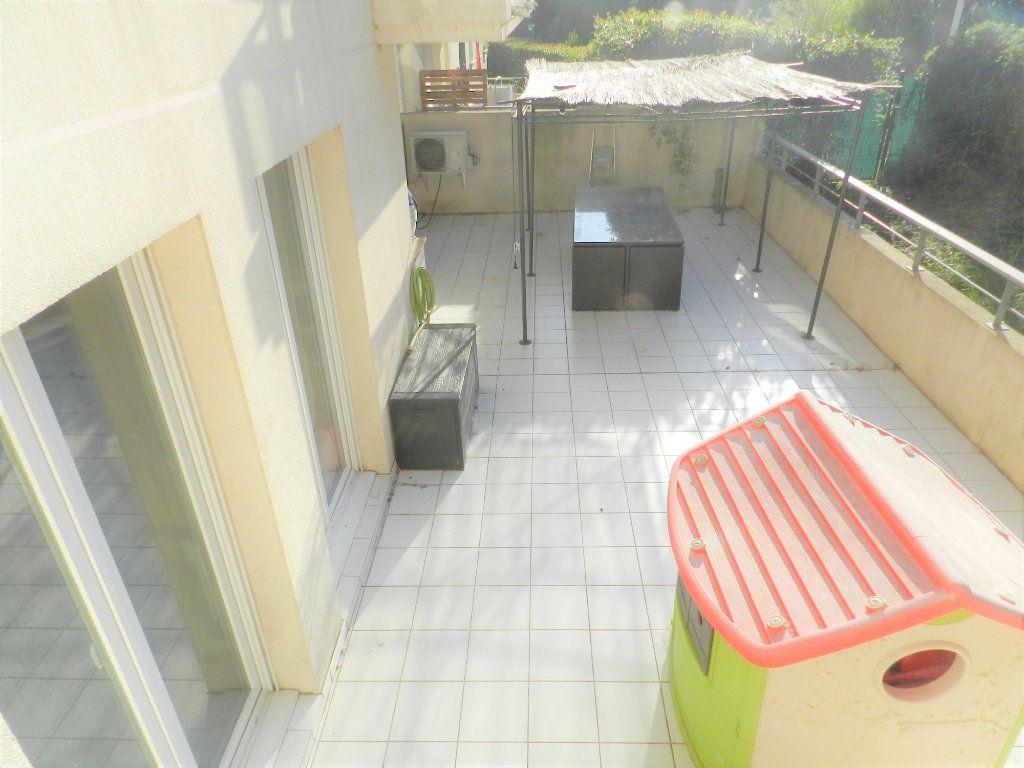 Appartement à vendre 3 57m2 à Cagnes-sur-Mer vignette-1