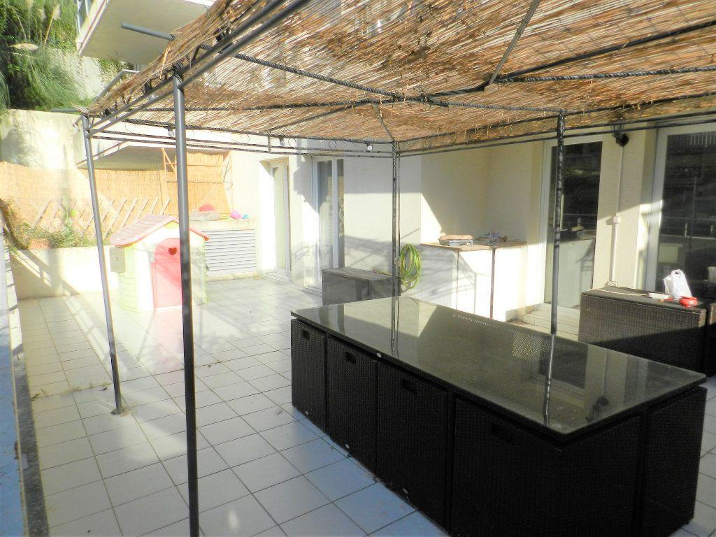 Appartement à vendre 3 57m2 à Cagnes-sur-Mer vignette-2