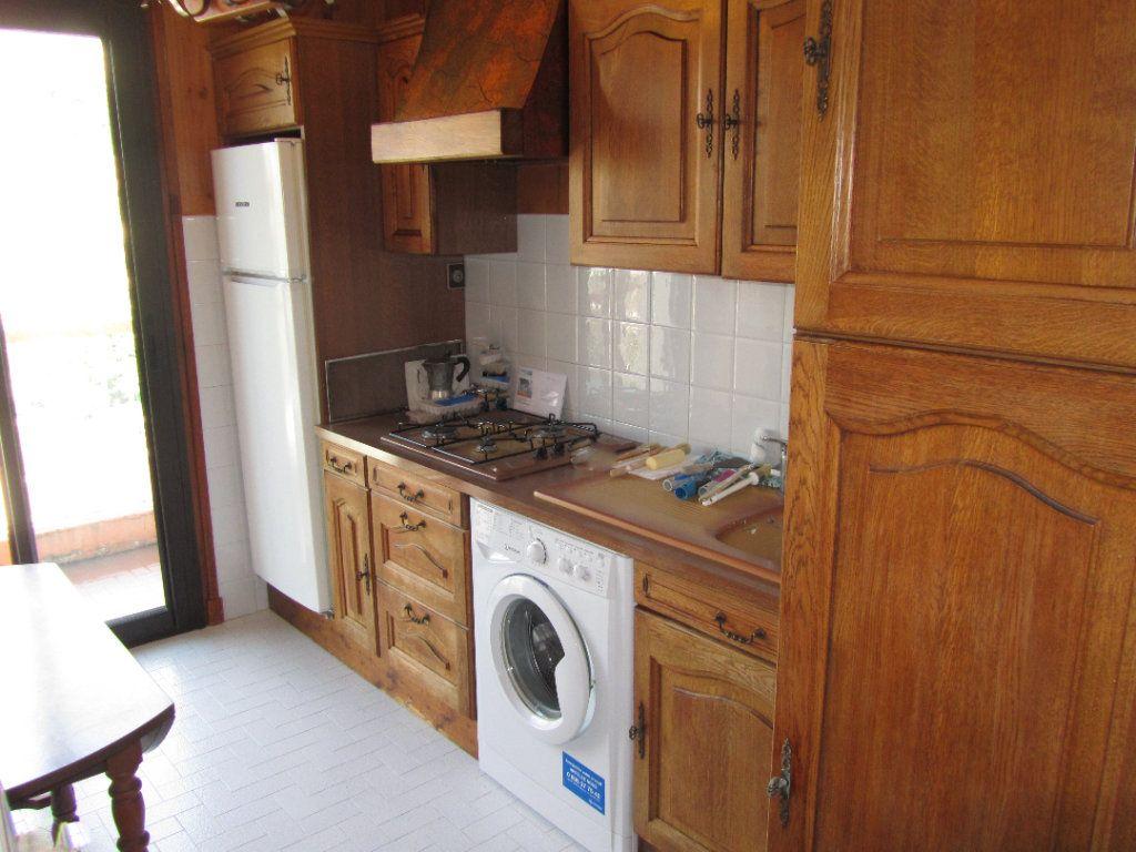 Appartement à vendre 2 45m2 à Saint-Laurent-du-Var vignette-4