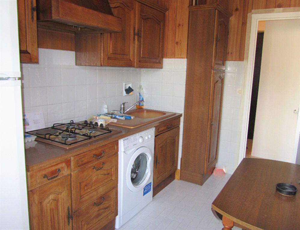 Appartement à vendre 2 45m2 à Saint-Laurent-du-Var vignette-6