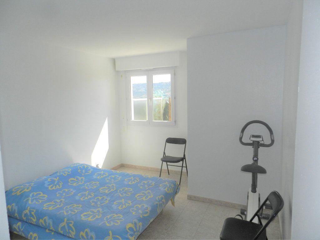 Appartement à vendre 3 62m2 à Saint-Laurent-du-Var vignette-4