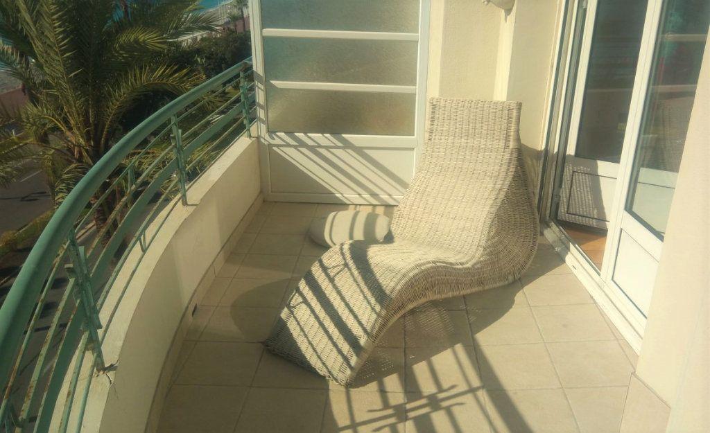Appartement à vendre 3 170m2 à Nice vignette-3