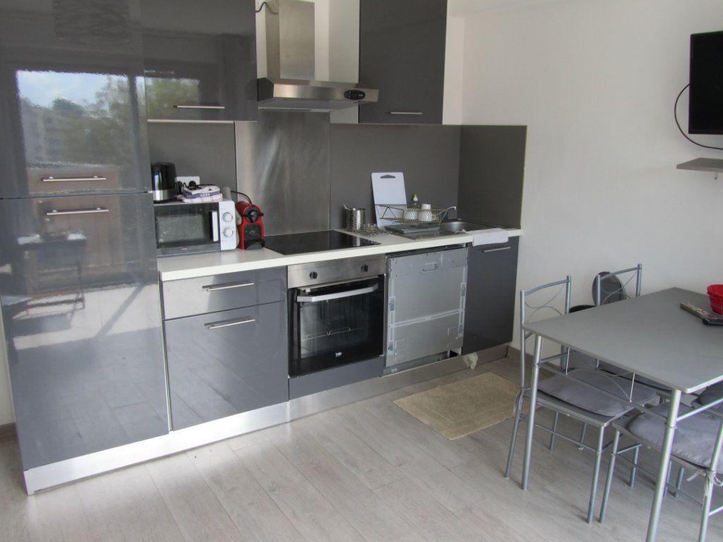 Appartement à vendre 3 58.5m2 à Nice vignette-2