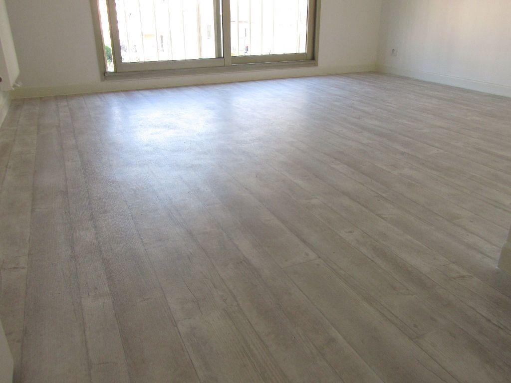 Appartement à vendre 4 90m2 à Saint-Laurent-du-Var vignette-5