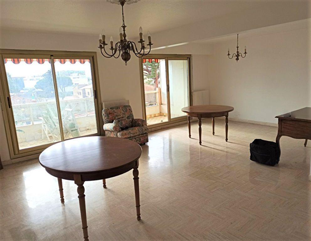 Appartement à vendre 4 90m2 à Saint-Laurent-du-Var vignette-7