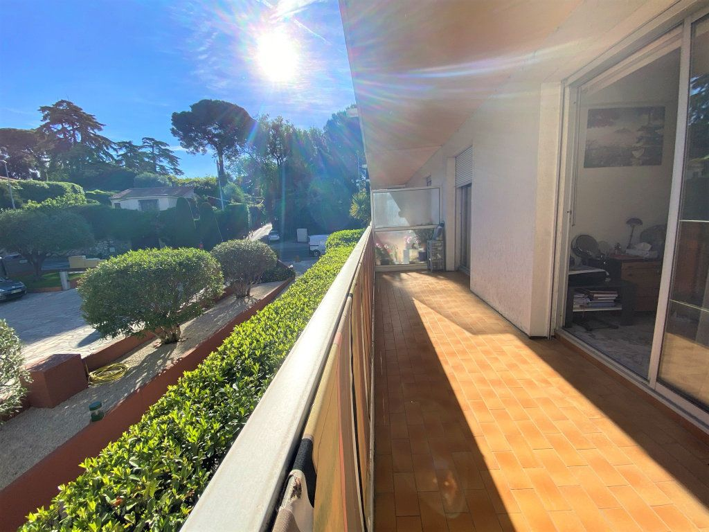 Appartement à vendre 2 50m2 à Cagnes-sur-Mer vignette-1