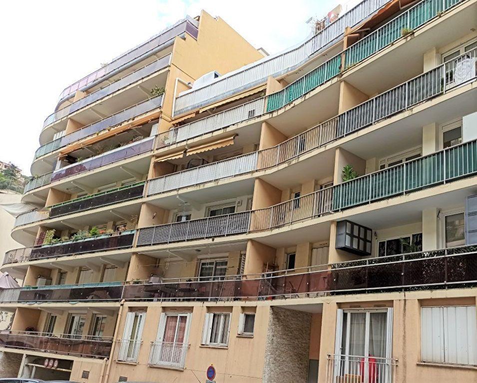 Appartement à vendre 4 79.2m2 à Nice vignette-2
