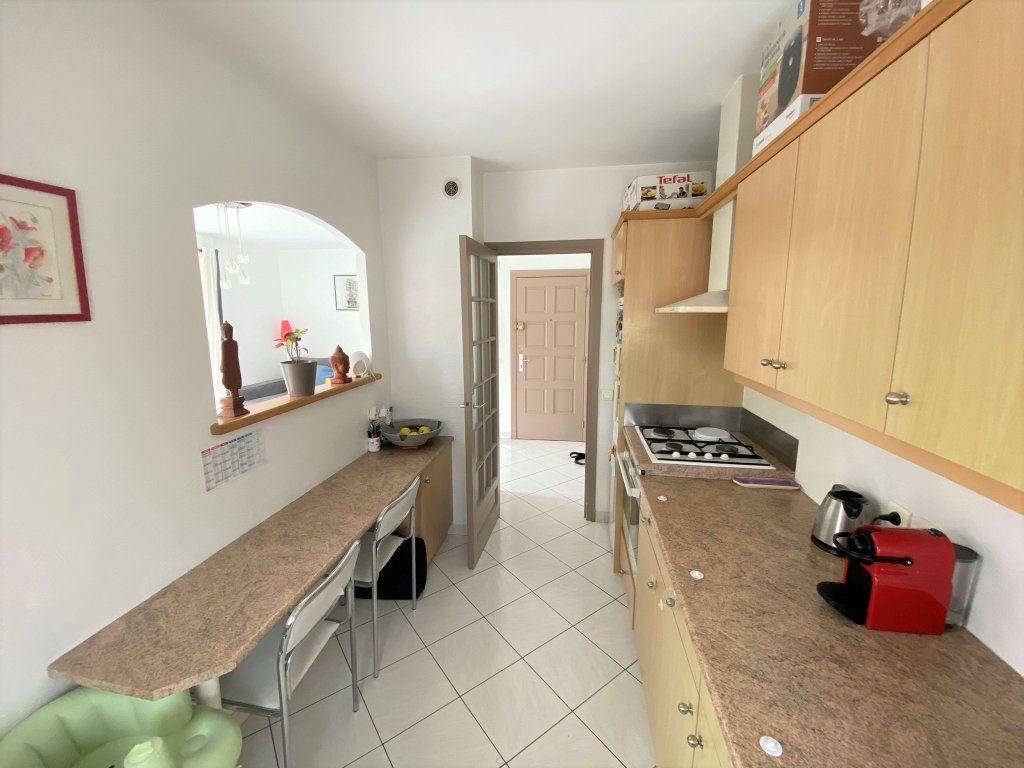 Appartement à vendre 3 65m2 à Cagnes-sur-Mer vignette-1