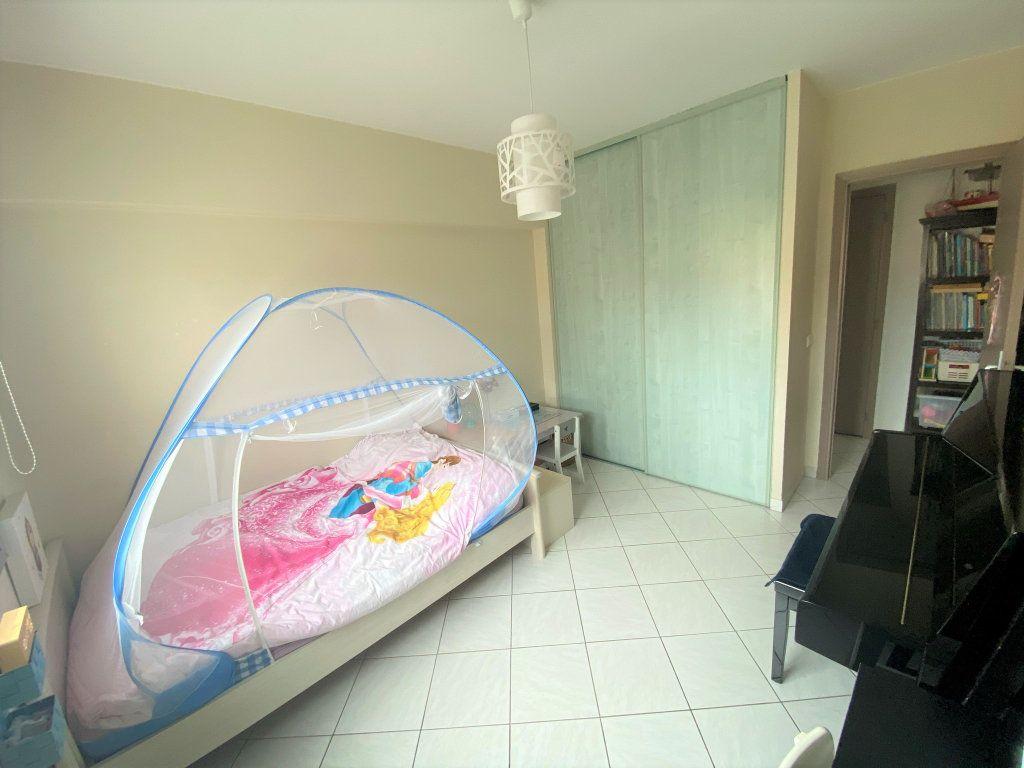 Appartement à vendre 3 65m2 à Cagnes-sur-Mer vignette-4