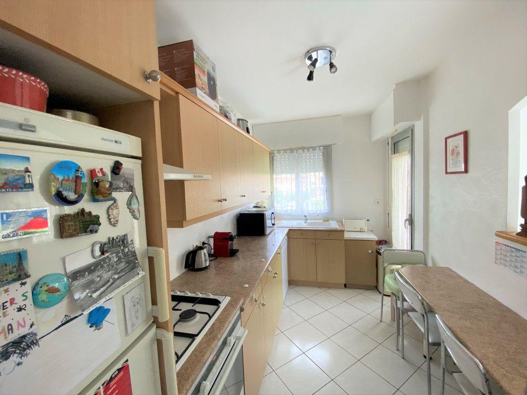 Appartement à vendre 3 65m2 à Cagnes-sur-Mer vignette-6