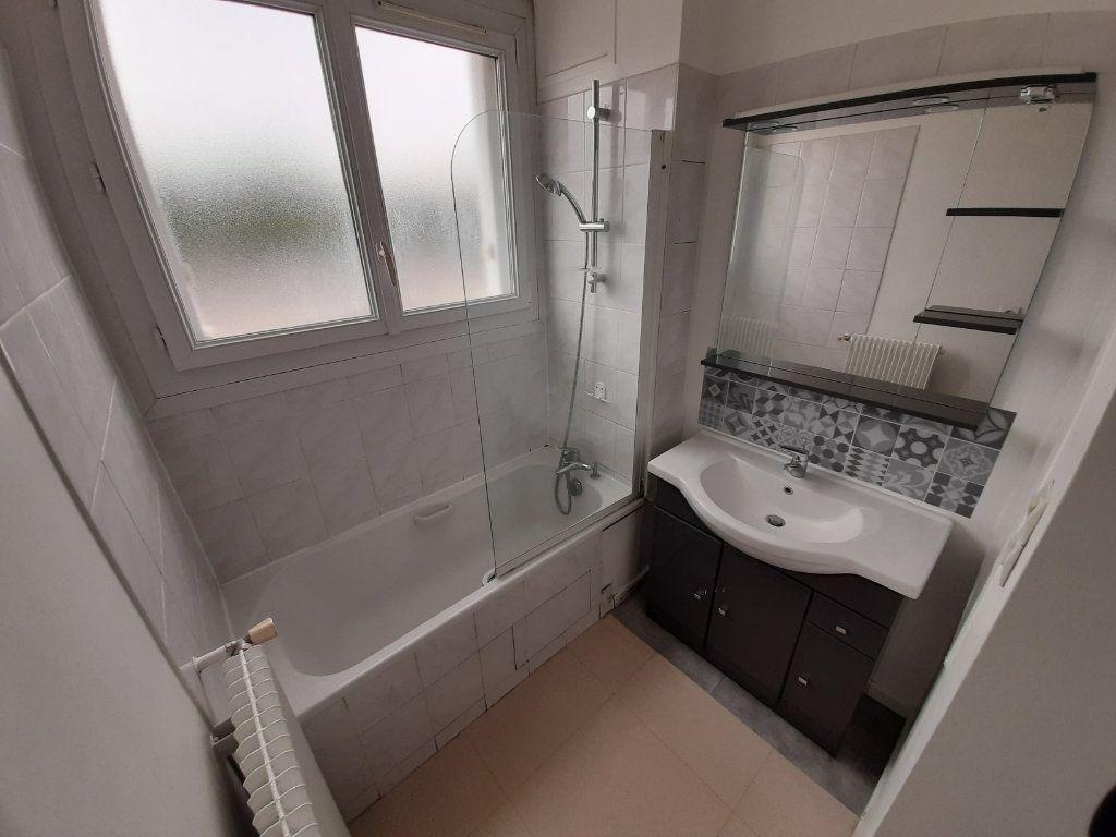 Appartement à louer 4 68m2 à Viry-Châtillon vignette-6
