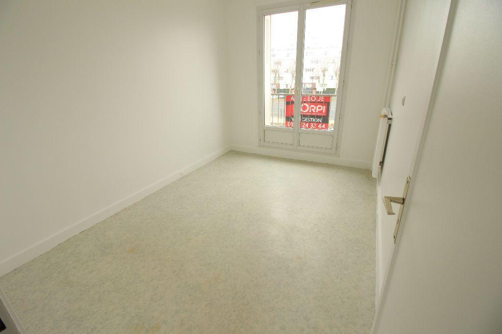 Appartement à louer 4 68m2 à Viry-Châtillon vignette-8