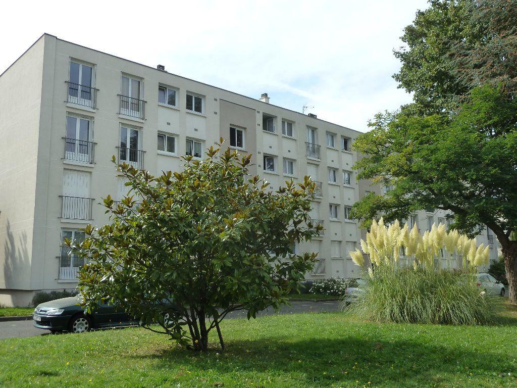 Appartement à louer 4 68m2 à Viry-Châtillon vignette-12