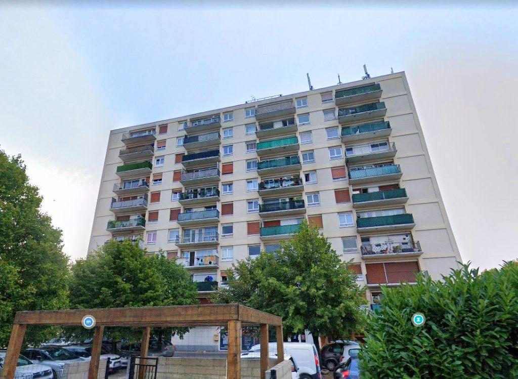Appartement à louer 3 53m2 à Viry-Châtillon vignette-8
