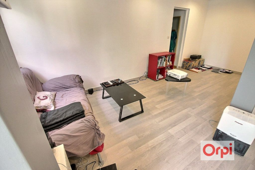 Appartement à louer 4 75.51m2 à Viry-Châtillon vignette-9