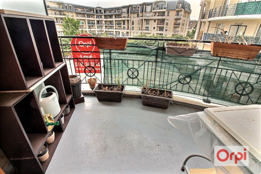 Appartement à louer 3 54m2 à Viry-Châtillon vignette-8
