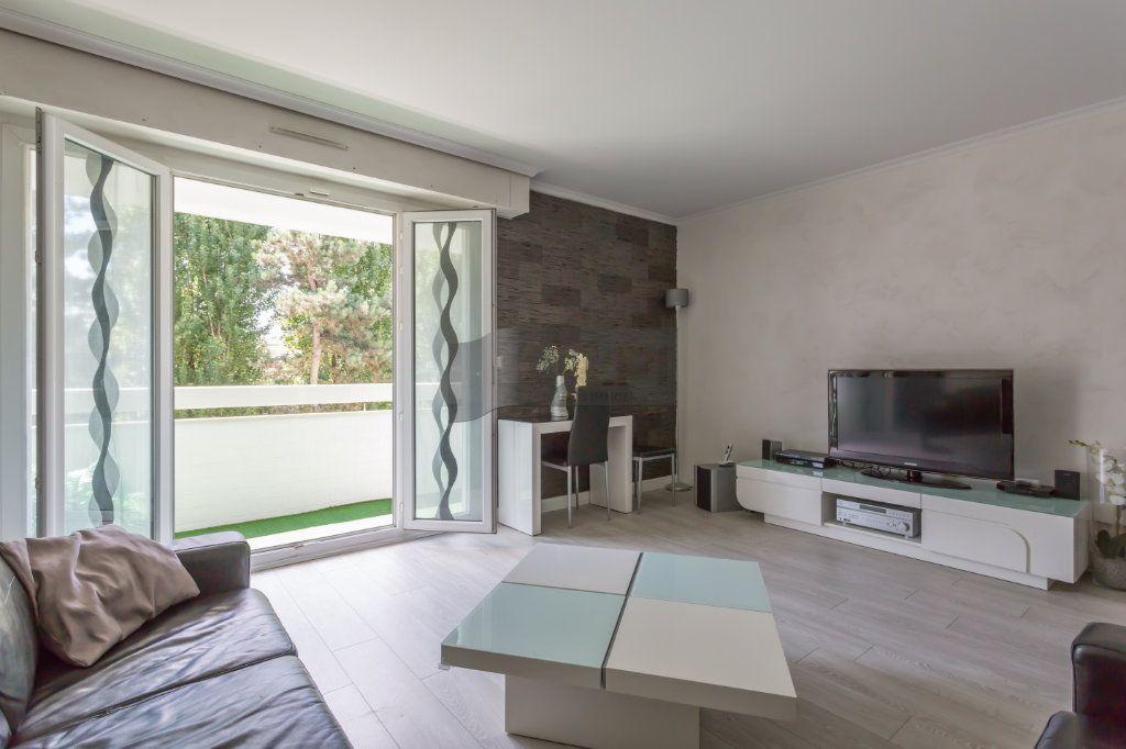 Appartement à vendre 4 82m2 à Boissy-Saint-Léger vignette-2