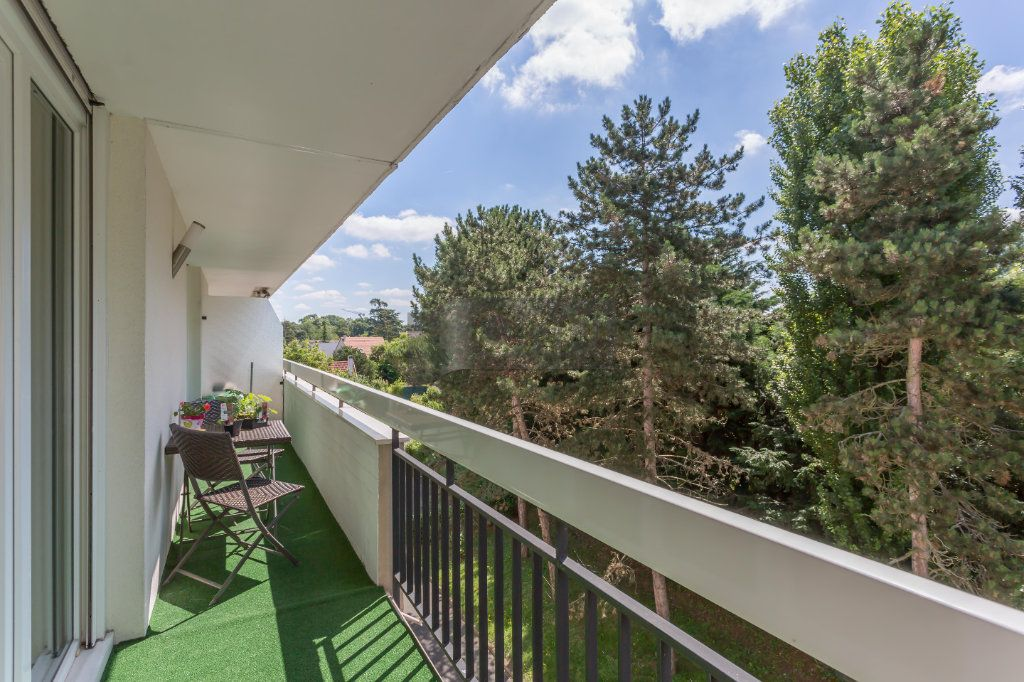 Appartement à vendre 4 82m2 à Boissy-Saint-Léger vignette-3