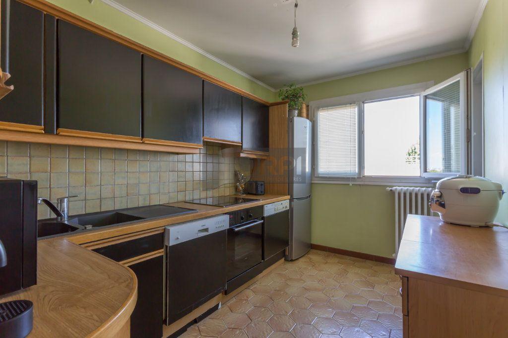 Appartement à vendre 4 82m2 à Boissy-Saint-Léger vignette-4