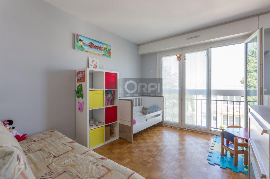 Appartement à vendre 4 82m2 à Boissy-Saint-Léger vignette-8