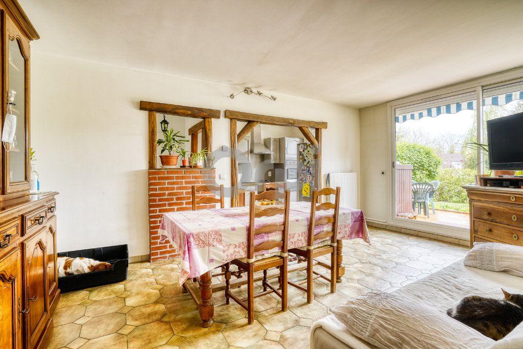 Appartement à vendre 3 67m2 à Villecresnes vignette-3