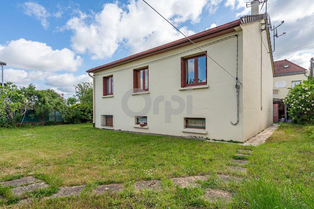 Maison à vendre 5 73m2 à Boissy-Saint-Léger vignette-2