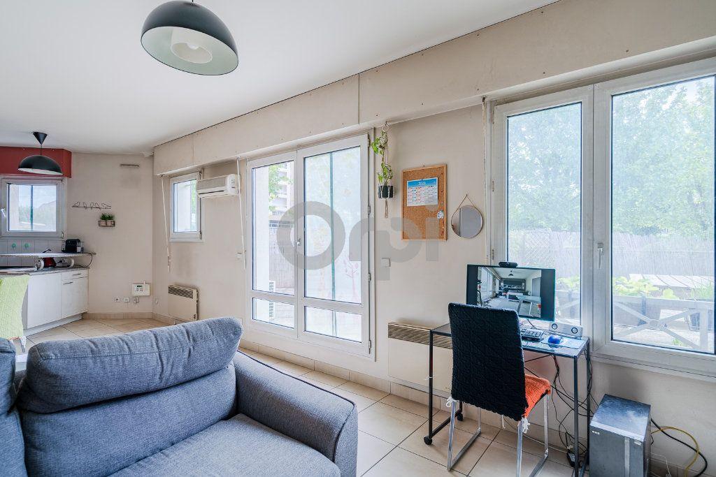 Appartement à vendre 2 62.57m2 à Boissy-Saint-Léger vignette-4