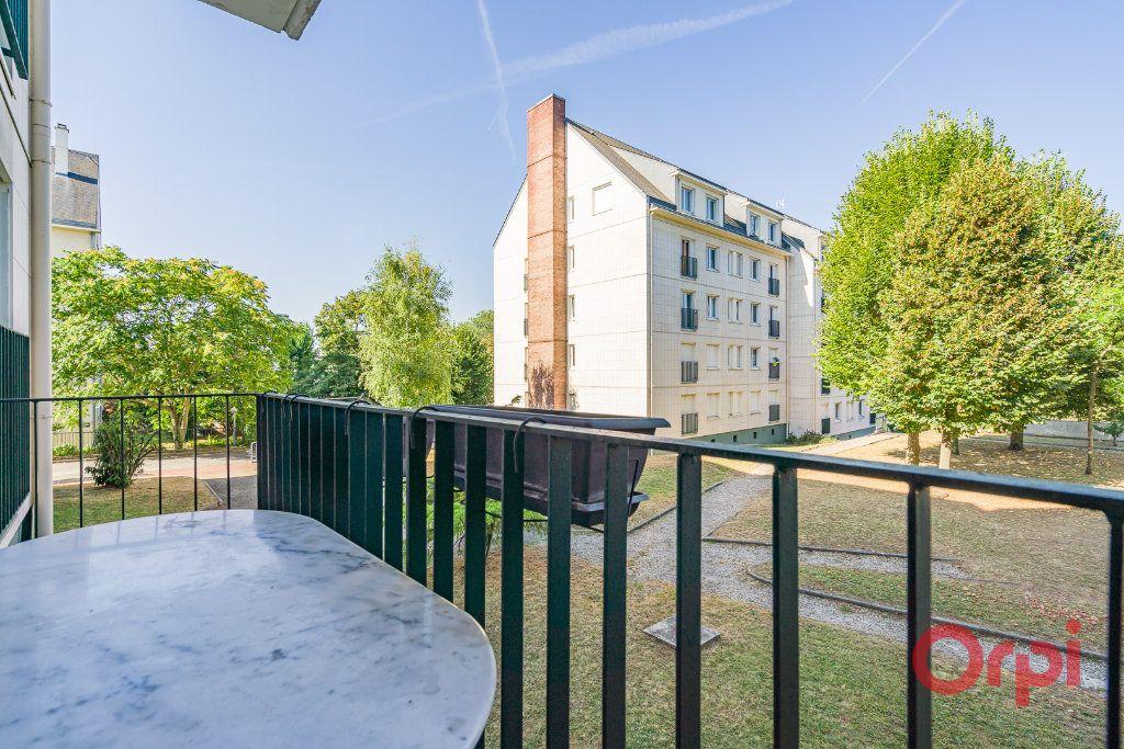 Appartement à vendre 3 61.23m2 à Boissy-Saint-Léger vignette-2