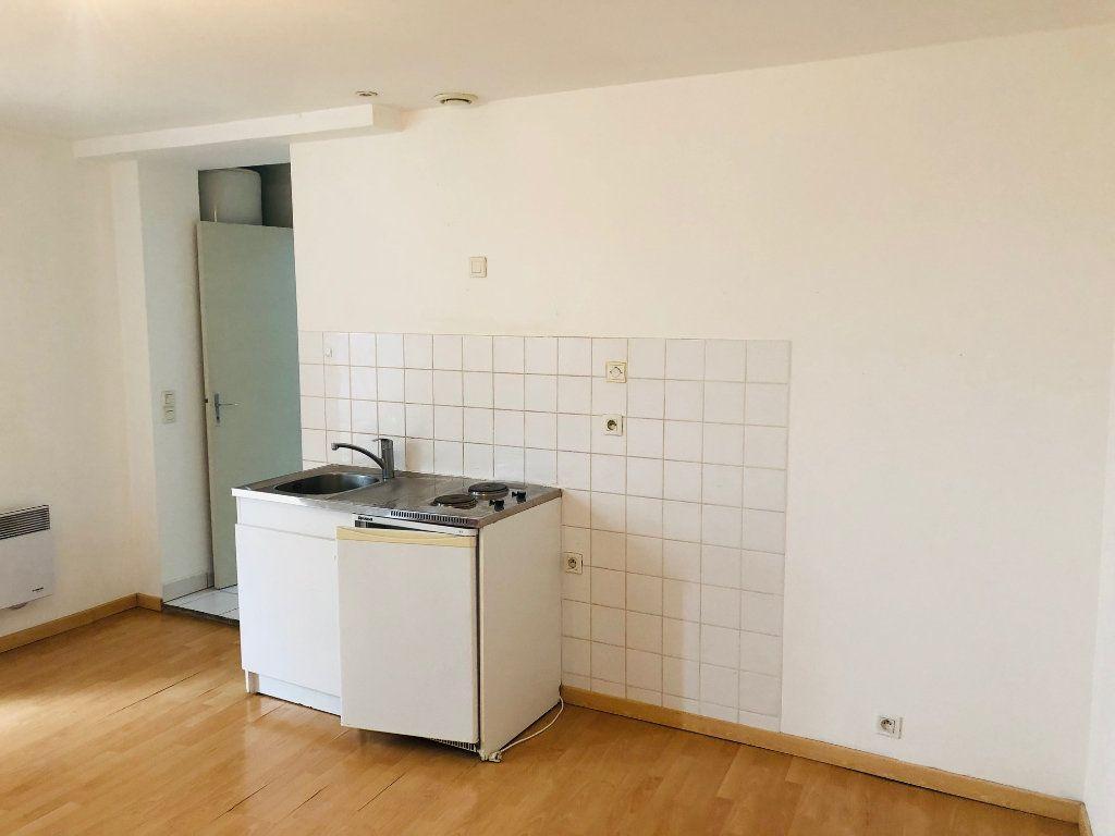 Appartement à louer 2 47.85m2 à Meaux vignette-2