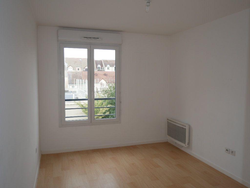 Appartement à louer 3 59.52m2 à Meaux vignette-6