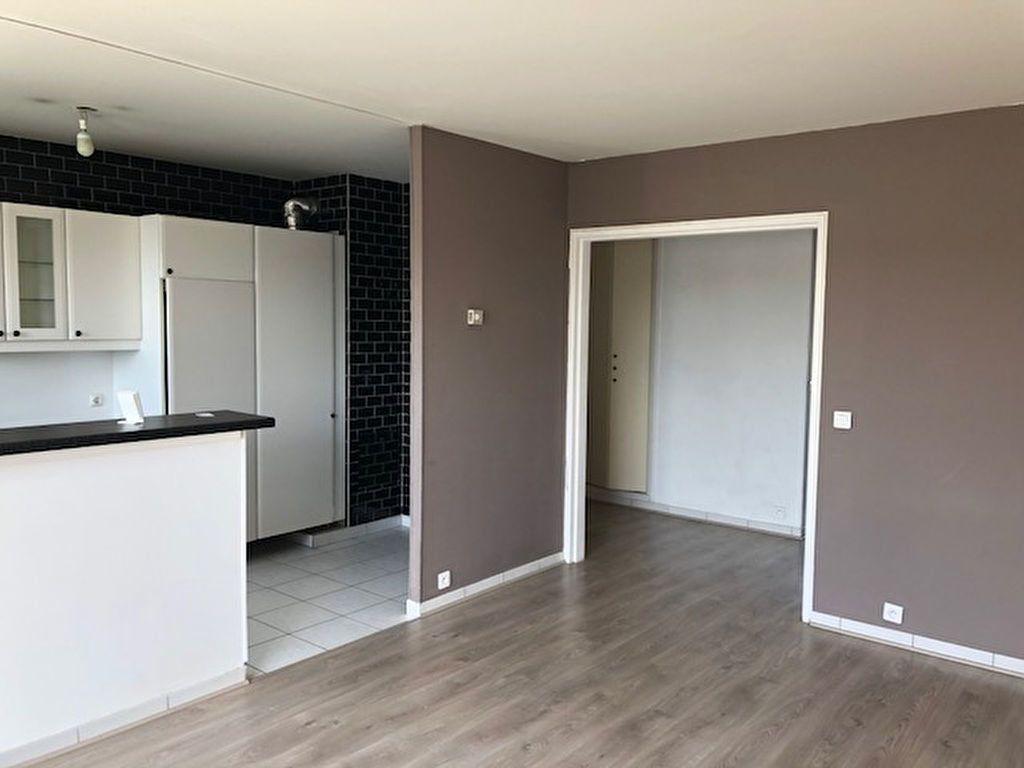 Appartement à louer 3 60.75m2 à Meaux vignette-3