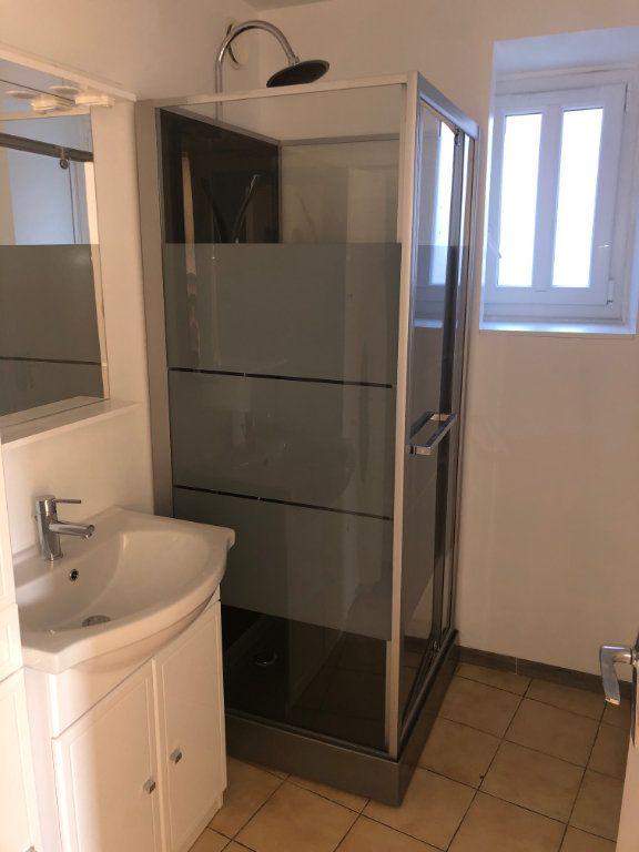 Appartement à louer 3 47.99m2 à Chambry vignette-6