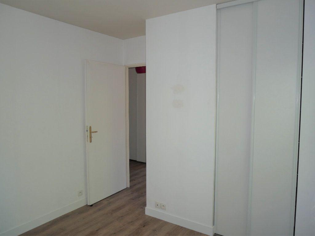 Appartement à louer 2 36.8m2 à Meaux vignette-5