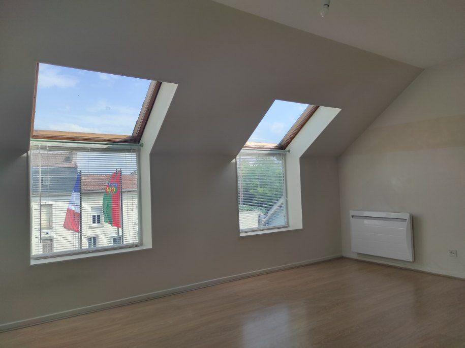Appartement à louer 1 30.32m2 à Meaux vignette-2