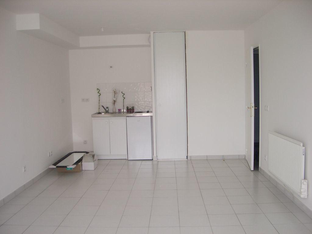 Appartement à louer 1 32.19m2 à Meaux vignette-1