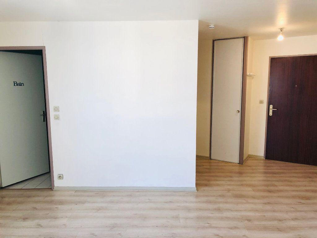 Appartement à louer 1 23.21m2 à Meaux vignette-3