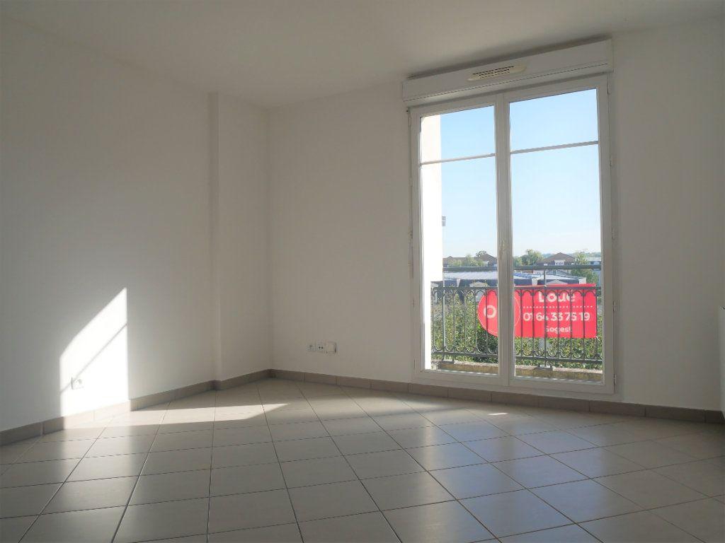 Appartement à louer 2 36.65m2 à Meaux vignette-1