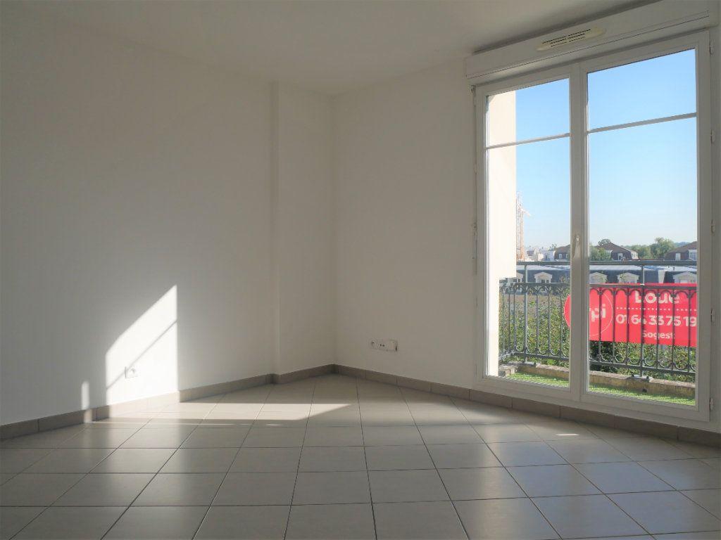 Appartement à louer 2 36.65m2 à Meaux vignette-2