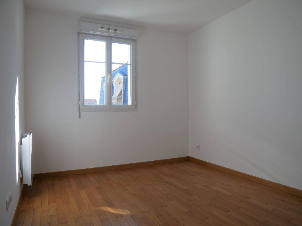 Appartement à louer 2 36.65m2 à Meaux vignette-4