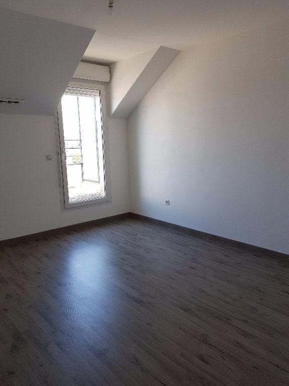 Appartement à louer 3 58.57m2 à Meaux vignette-3