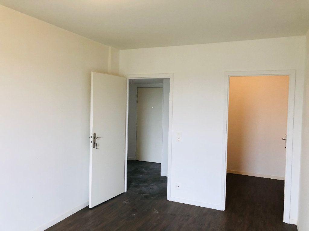 Appartement à louer 4 74.25m2 à Villenoy vignette-5
